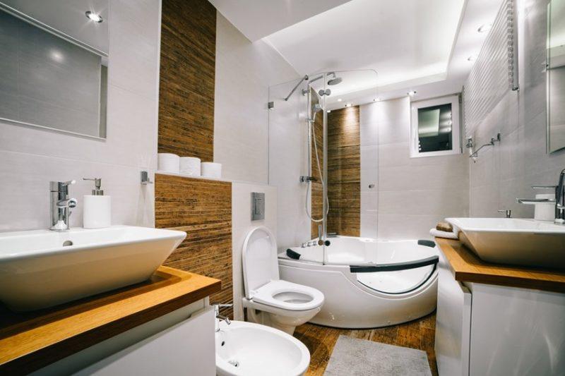 Apartman Budim veliko kupatilo sa djakuzijem