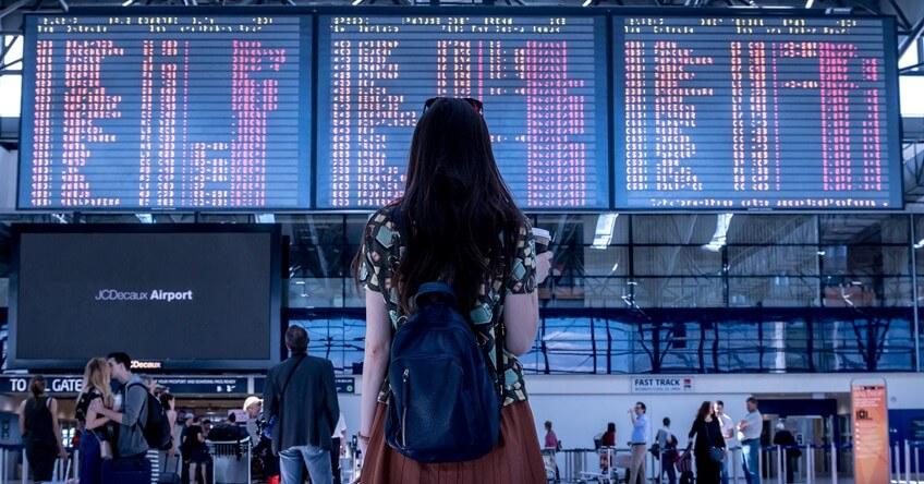 Putnica na aerodromu